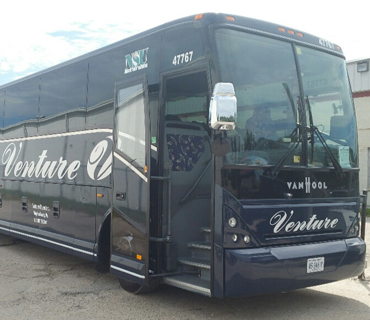28 PASSENGER LUXURY MOTORCOACH