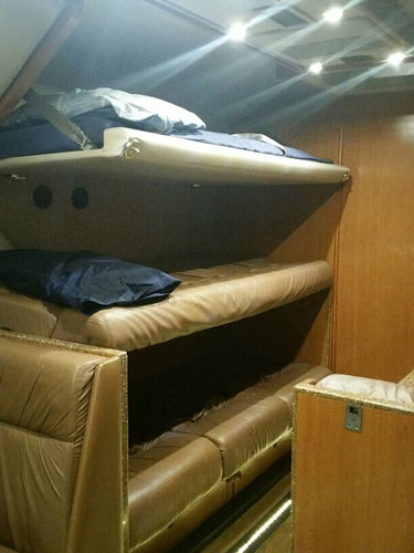 VIP LUXURY SLEEPER1 6